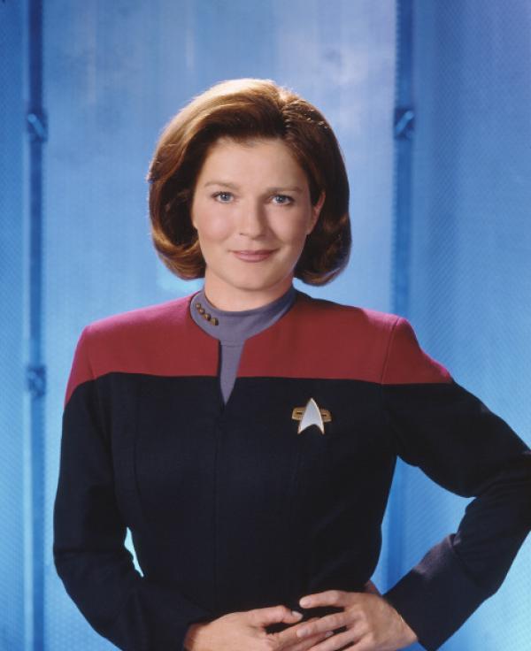 Bild 1 von 9: Captain Janeway (Kate Mulgrew).
