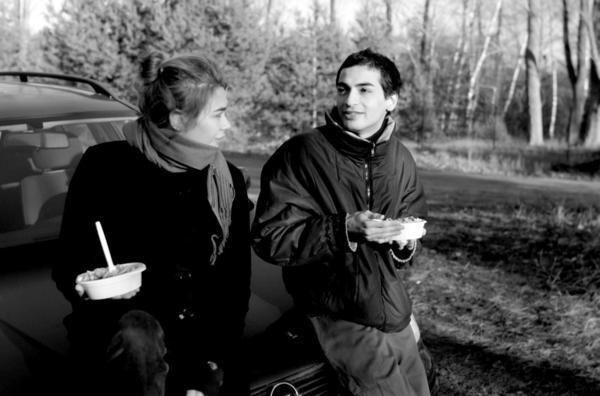 Bild 1 von 4: Ronja beim Fotoshooting mit Mehran Djojan