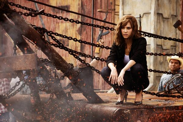 Bild 1 von 20: Muss sich entscheiden, ob sie sich an die Gesetze hält oder das Richtige machen möchte: Sartana (Jessica Alba) ...