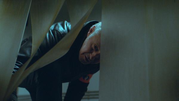 Bild 1 von 5: Ivo (Johan Van Assche) macht im Klärwerk eine grausame Entdeckung.
