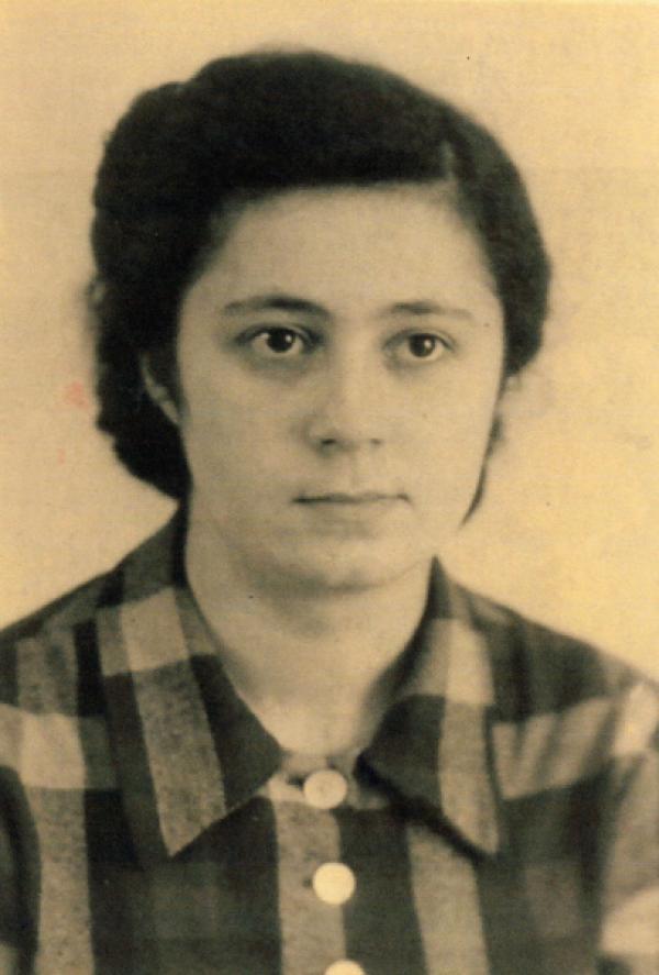 Bild 1 von 1: Erna de Vries folgte ihrer Mutter ins Vernichtungslager Auschwitz. Erna überlebte mehrere Lager und einen Todesmarsch.