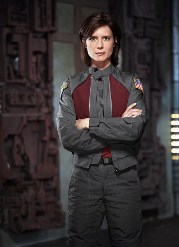Bild 1 von 9: Dr. Elizabeth Weir (Torri Higginson).