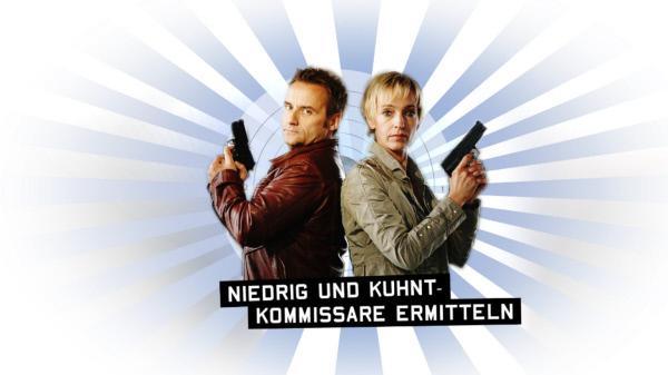Bild 1 von 4: 'Niedrig (Cornelia Niedrig, r.) und Kuhnt (Bernie Kuhnt, l.) - Kommissare ermitteln' ...