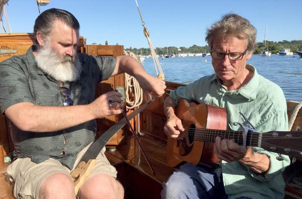 Bild 1 von 5: Die Musiker Paul Armfield (li.) und Mark Hickman (re.)
