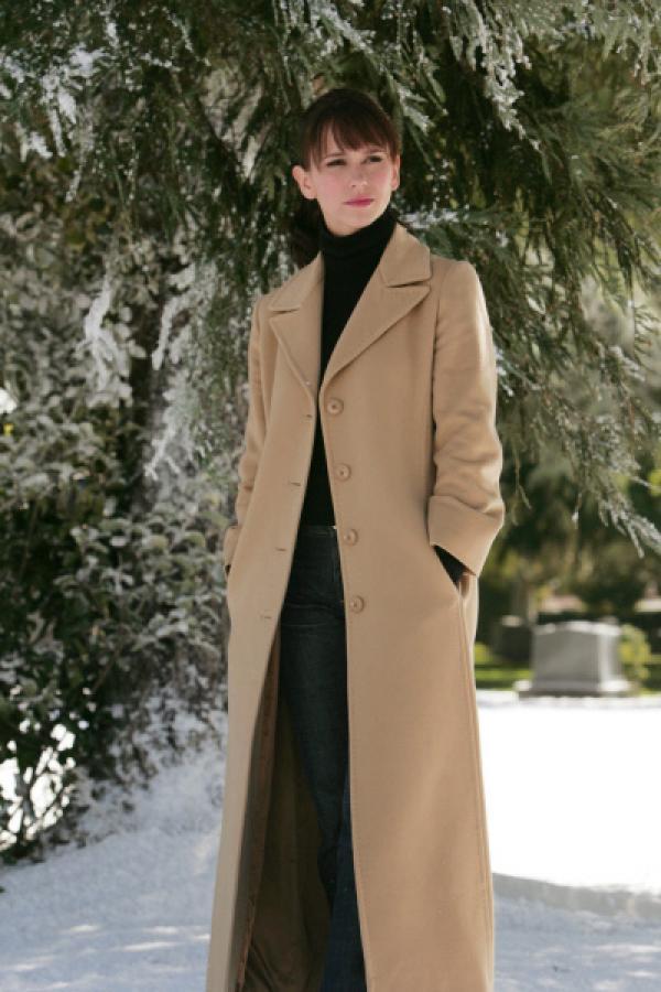 Bild 1 von 26: (1. Staffel) - Die attraktive Antiquitätenhändlerin Melinda Gordon (Jennifer Love Hewitt) hat eine ganz besondere Gabe.