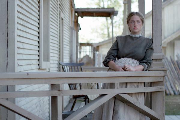 Bild 1 von 3: Viele Deutsche wie Caroline Ehler (Teodora Georgieva) bauen sich Mitte des 19. Jahrhunderts in den USA eine neue Existenz auf.