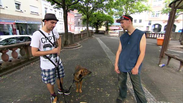Bild 1 von 6: Joshua (20, li.) und Kumpel Joe (20) leben auf der Straße