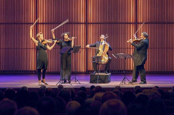 Bild 1 von 3: Das Artemis Quartett in Aktion
