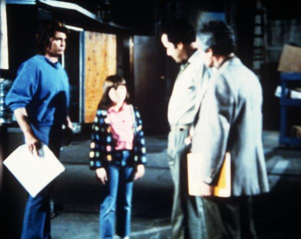 Bild 1 von 5: Jonathan (Michael Landon, l.) stellt die kleine Carla (Laura Jacoby, 2.v.l.) vor: Sie soll den Kinderstar Lori ersetzen.