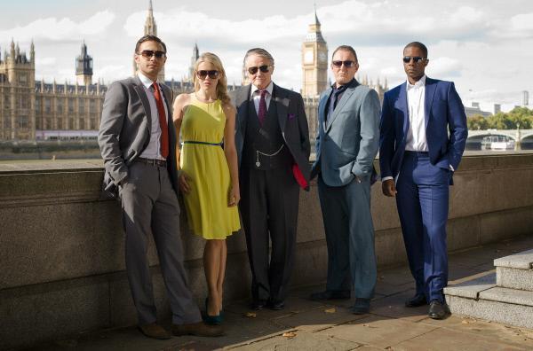 Bild 1 von 1: v.l.n.r. Sean (Matt Di Angelo), Emma (Kelly Adams), Albert (Robert Vaughn), Ash (Robert Glenister) and Mickey (Adrian Lester)