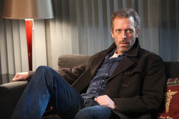 Bild 1 von 14: House (Hugh Laurie) muss die schockierende Nachricht verkraften, dass sein Freund Wilson an Krebs erkrankt ist.