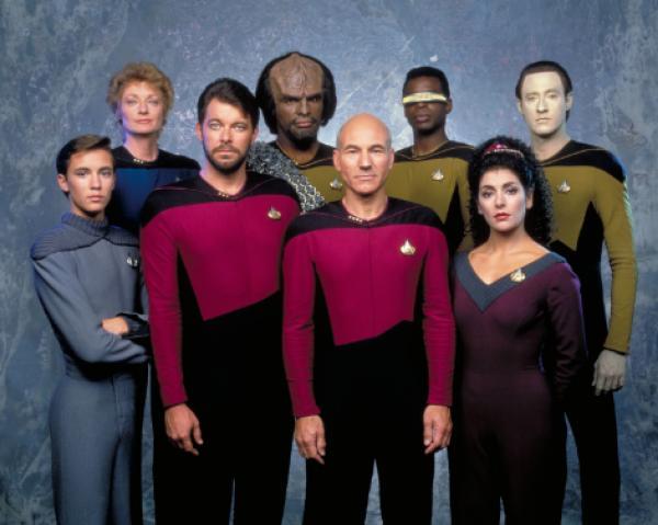 Bild 1 von 16: Star Trek The Next Generation Gallery, Raumschiff Enterprise Das nächste Jahrhundert  Patrick Stewart (Captain Picard), an his crew