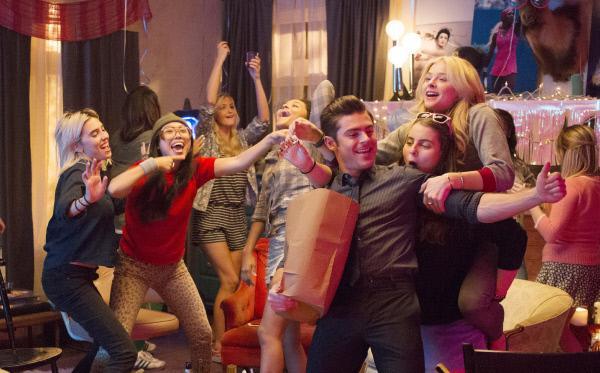 Bild 1 von 17: Die Kappa Nus und Teddy (Zac Efron) fühlen sich als Sieger.