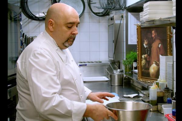 Bild 1 von 1: Der Koch Alberto Herráiz lässt sich von Velázquez' Gemälden inspirieren.
