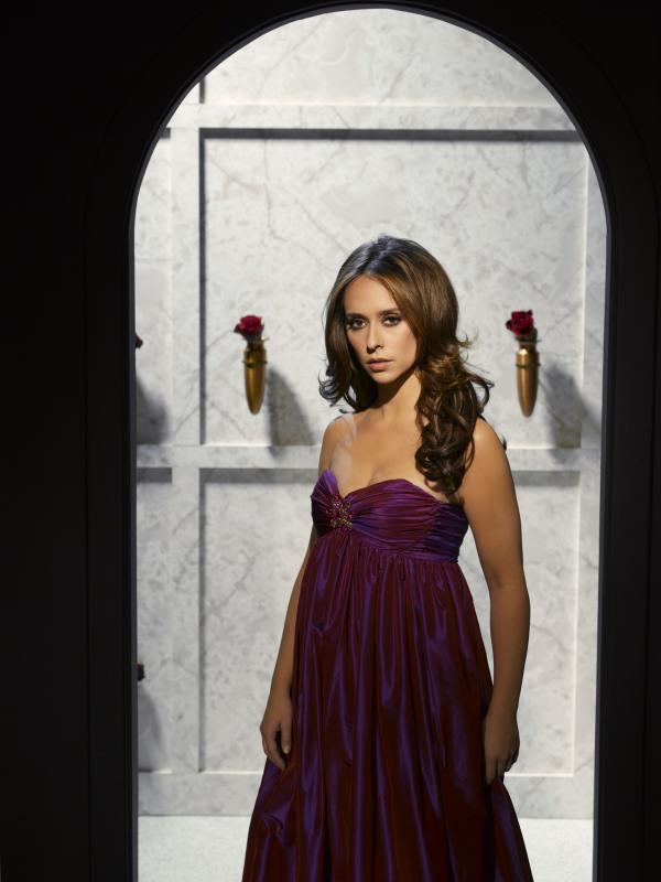 Bild 1 von 35: (3. Staffel) - Jedes Mal wenn ein Geist sie um Hilfe bittet, bemüht sich Melinda (Jennifer Love Hewitt), deren Angelegenheiten zu klären und ihnen dadurch einen friedlichen Abschied zu ermöglichen.