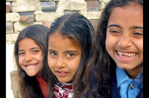 Bild 1 von 5: In Dharhara werden Mädchen als Inkarnation der Göttin Lakshmi gefeiert.