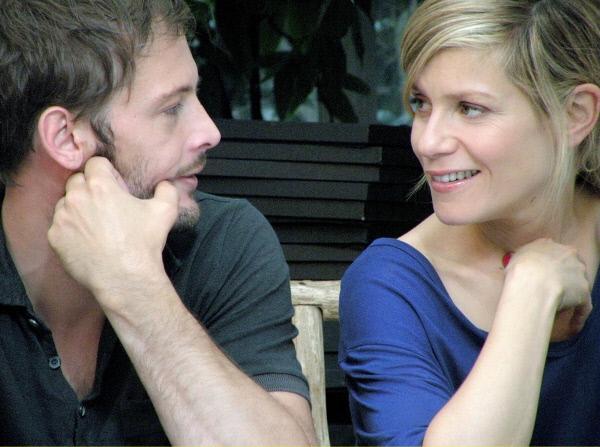 Bild 1 von 6: Rachel (Marina Foïs) fühlt sich zu Vincent (Nicolas Duvauchelle) hingezogen.