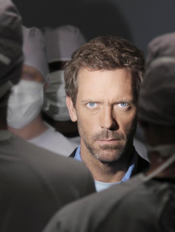 Bild 1 von 12: Dr. Greg House (Hugh Laurie), Spezialist für Infektionskrankheiten.