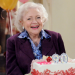 Hot in Cleveland, Staffel 3, Folge 8