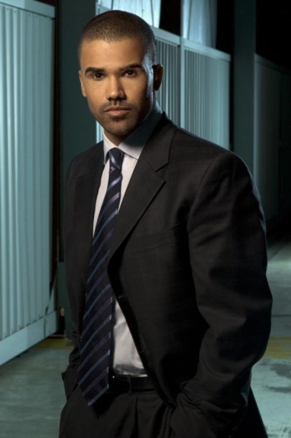 Bild 1 von 17: (1. Staffel) - Gemeinsam mit seinen Kollegen entlarvt Special Agent Derek Morgan (Shemar Moore) jeden Serientäter ...