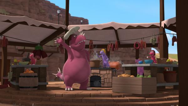 Bild 1 von 5: Chef ist in seinem Element. In seiner Kochschule bringt er den jungen Fressdrachen das Kochen bei.