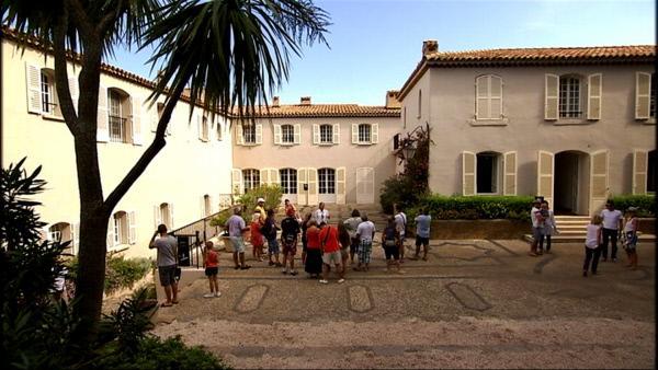 Bild 1 von 3: Fort de Brègancon, die Sommerresidenz der französischen Präsidenten, ist seit Sommer 2014 für jedermann zugänglich