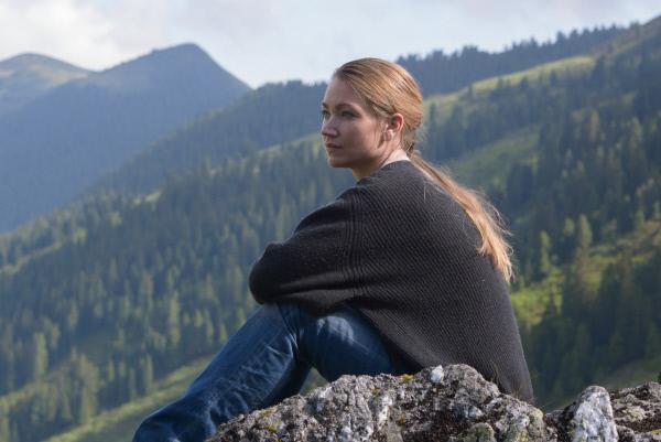 Bild 1 von 11: Sarah (Lisa Maria Potthoff).