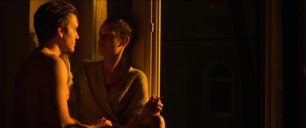 Bild 1 von 25: Alice (Kirsten Suckow) und Moritz (Max Bretschneider).