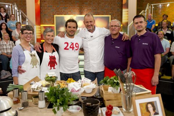 Bild 1 von 1: Heidi Nickel, Ruth Nickel, Steffen Henssler, Frank Rosin, Helmut Wauer, Matthias Seefeld