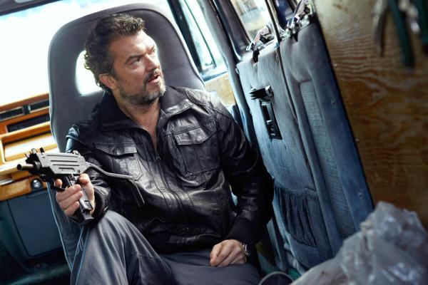 Bild 1 von 5: Mrado (Dragomir Mrsic) wartet auf seinen Freund.