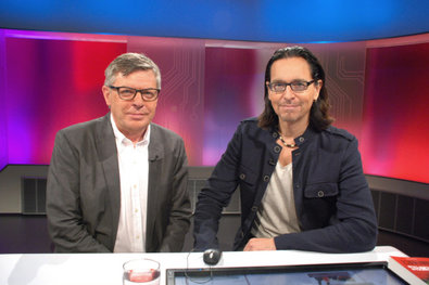 """Bild 1 von 2: Studiogäste: Christian """"Chako"""" Habekost, Autor (rechts)  und Dr. Ludger Tekampe, Experte für Pfälzer Kulturgeschichte (links)."""