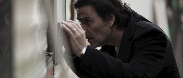 Bild 1 von 10: Stéphane (Yvan Attal) begibt sich an der Tankstelle auf Spurensuche nach seiner Frau.