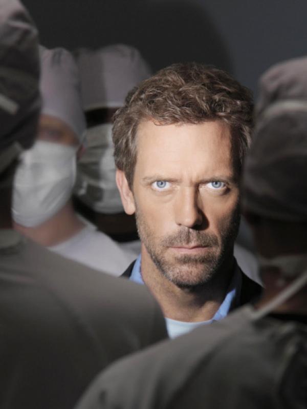 Bild 1 von 10: Dr. Greg House (Hugh Laurie), Spezialist für Infektionskrankheiten.