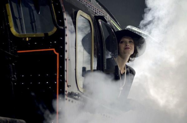 Bild 1 von 1: Der Orient-Express von Paris nach Konstantinopel galt als Zug der Könige, Diplomaten, Schriftsteller und anderer legendärer Passagiere. (hier: Spielszene)