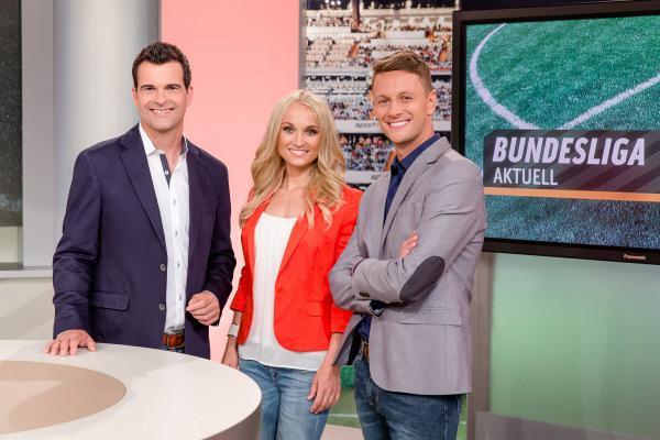 Bild 1 von 1: Die Moderatoren von Bundesliga Aktuell: Oliver Schwesinger, Nele Schenker und Jochen Stutzky