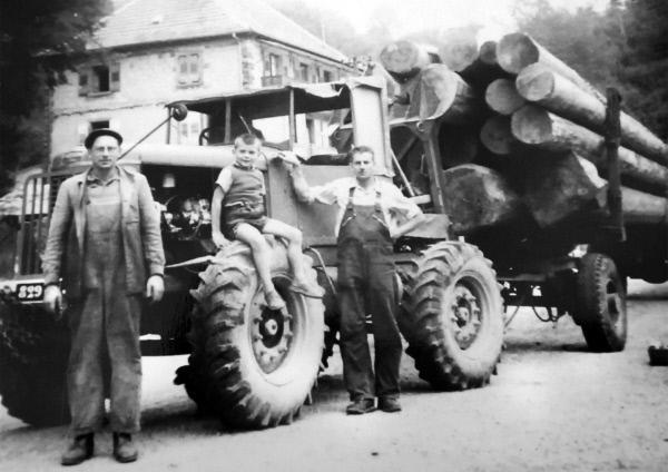 Bild 1 von 6: Ein Latil-Traktor in den 50er Jahren