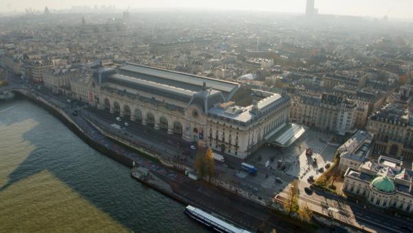 Bild 1 von 3: Das außergewöhnliche Gebäude aus Stein, Glas und Stahl ist das Ergebnis jahrhundertelanger Umgestaltung.