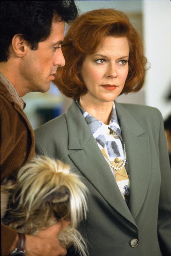 Bild 1 von 12: Leutnant Gwen Harper (JoBeth Williams), Joes (Sylvester Stallone) Chefin und Freundin, ist mit seinem Verhalten nicht zufrieden.
