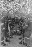 Von der Keule zur Rakete - Die Geschichte der Gewalt
