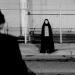 Bilder zur Sendung: A Girl Walks Home Alone at Night
