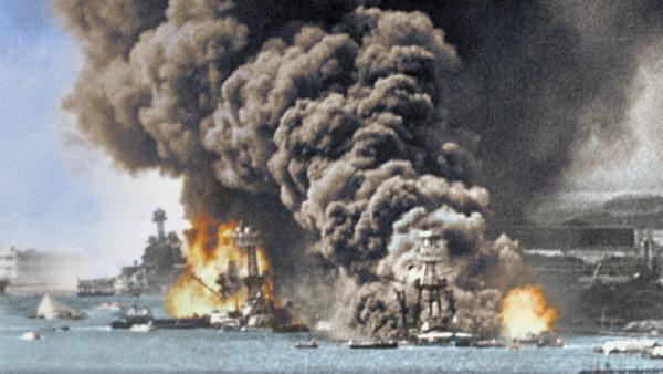 Bild 1 von 6: Als Japan den wachsenden Krieg in Europa nutzt, um im Pazifik zu expandieren, stoppt Amerika alle Ölexporte. Das ist der Startschuss für den Krieg im Pazifik.