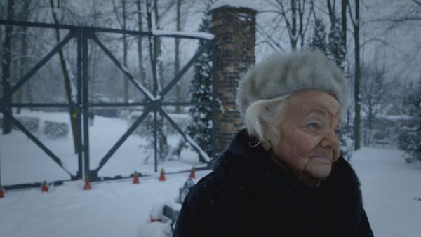 Bild 1 von 6: Doroto, eine Zeugin und ?berlebende, geboren 1931. Sie war 14 Jahre alt, als sie in Deutschland inhaftiert wurde.
