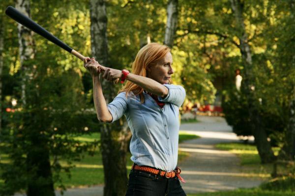 Bild 1 von 12: Bella (Andrea Sawatzki) beim Baseball-Spiel, mit fatalen Folgen.