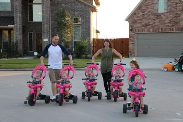 Mädels-Alarm! Sechs Töchter im Haus