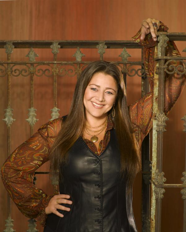 Bild 1 von 32: (4. Staffel) - Die erfolgreiche Immobilienmaklerin Delia Banks (Camryn Manheim) ist eine gute Freundin von Melinda ...