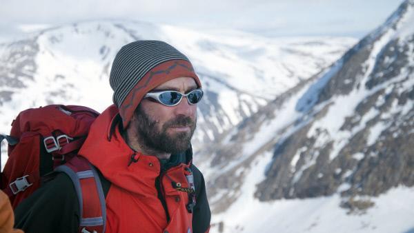 """Bild 1 von 2: Dramatisches Felsgebirge, schneebedeckte Hochplateaus: Großbritannien, wie es hierzulande kaum jemand kennt. Die Nationalparks """"Snowdonia"""" in Wales und """"Caingorm"""" in Schottland sind archaisch, rau und spektakulär."""