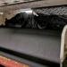 Die Schrott-Transformer: Bodenfliesen aus LKW-Reifen