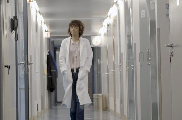 Bild 1 von 5: Emmanuelle Charpentier ist eine der Wissenschaftlerinnen, welche die Genschere CRISPR/Cas9 entdeckten.
