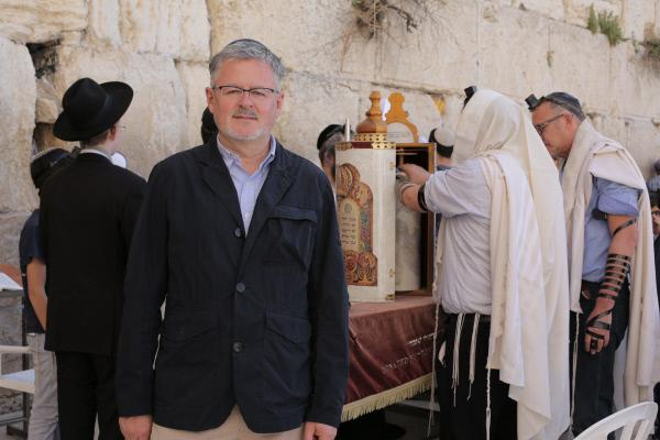 Bild 1 von 13: Christopher Clark an der Klagemauer in Jerusalem.