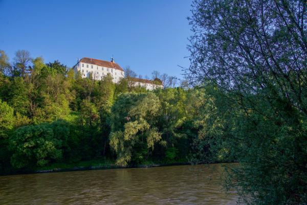 Bild 1 von 26: Die Burg Gornja Radgona (Schloss Oberradkersburg) auf der slowenischen Seite von Bad Radkersburg.